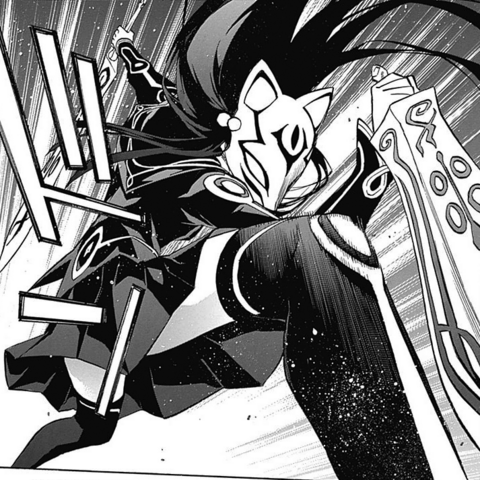 File:Benio full-equiping herself to fight Rokuro.png