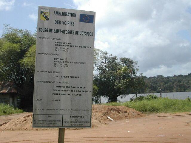 File:Amelioration des voiries saint-georges de l oyopack.jpg