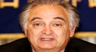 File:D Jacques ATTALI.png