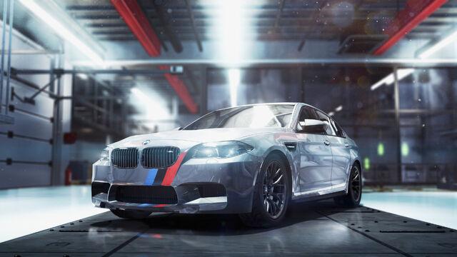 File:BMW M5 2011 perf big.jpg