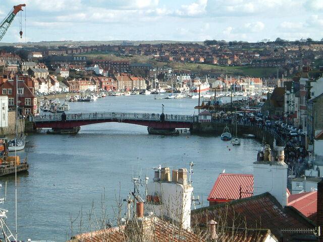 File:Whitby Harbour Bridge.jpg