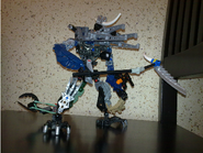 Zyrin with its BakuNanos and with its shoulder cannons