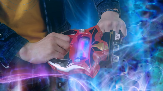File:Ultraman and Belial inserted scan.png