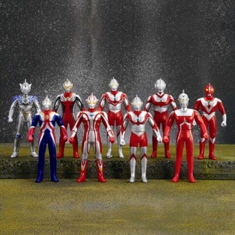 File:Ultra-Hero-Collection-BOX-1.jpg