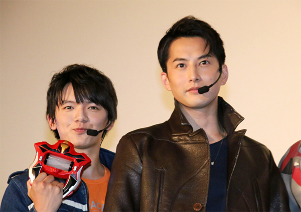 File:Tatsuomi with Hideo.png