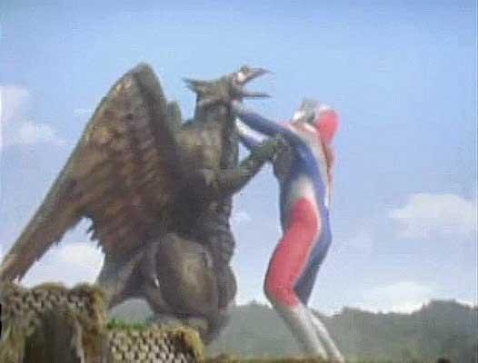 File:Dexador vs. Ultraman Dyna2.jpg