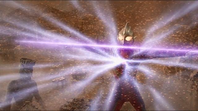 File:Ultraman Tiga gathers energy Zepellion.png