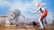 Ultraman v Antlar