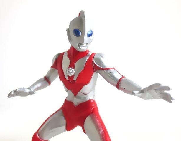 File:HDM Ultraman Powered005.jpg