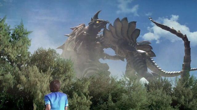 File:Ultraman Cosmos-Reija and Scorpiss.jpg
