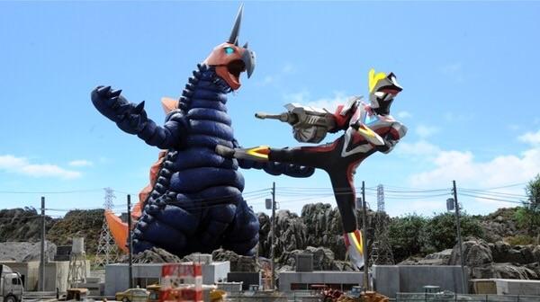 File:Ultraman Victory vs Vakishim.jpg