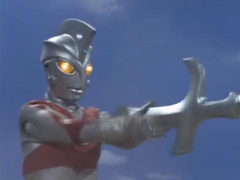 File:Ace holding Barabas's sword.png