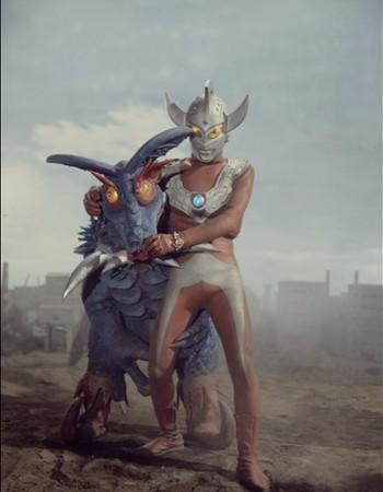 File:Taro vs Alien Medusa.jpg