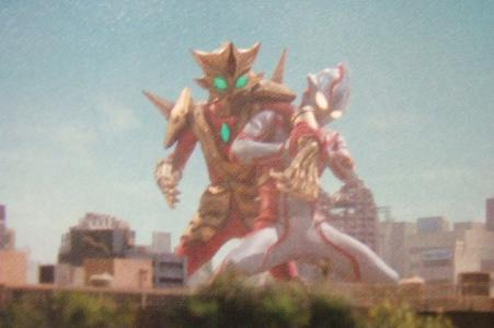 File:Ultraman mebius vs mebius killer -ace killer-.jpg
