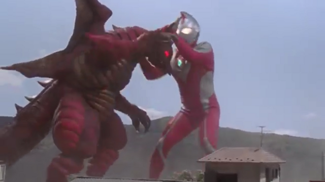 File:Dyna Strong fighting with Arwon.png