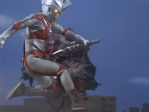 File:Ace slashing Barabas with his own mace.png