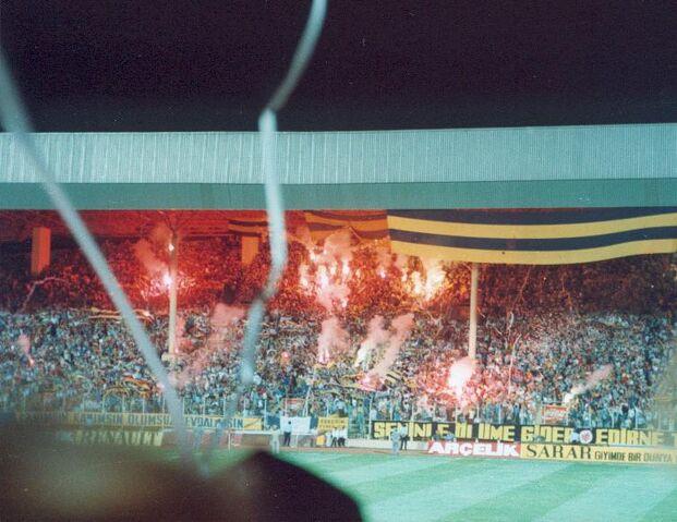 File:Fenerbahceascannes1994.jpg