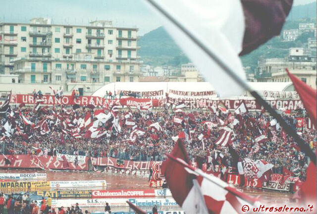 File:Salernitana.jpg
