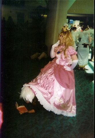 File:Kakashi and princess peach by wolfer2234.jpg