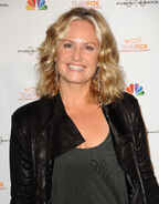Sherry Stringfield (5)