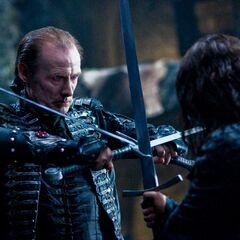 Viktor battles Lucian.