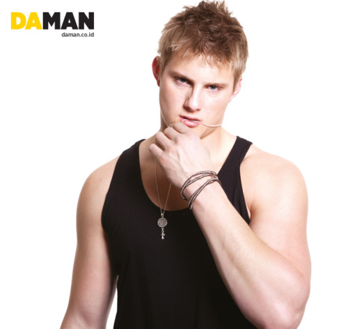 File:Alexander-ludwig-by-da-man-april-may-2012-2.jpg