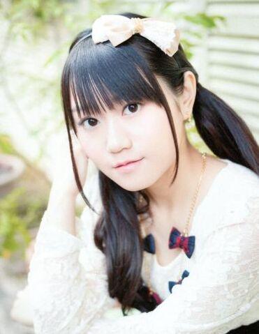 File:Ogurayuidecember2012.jpg