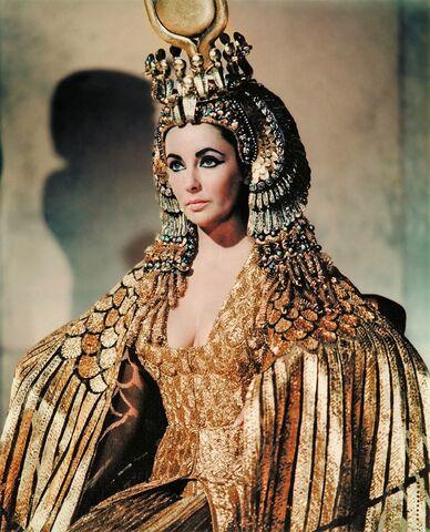 File:Cleopatra GOLD.jpg
