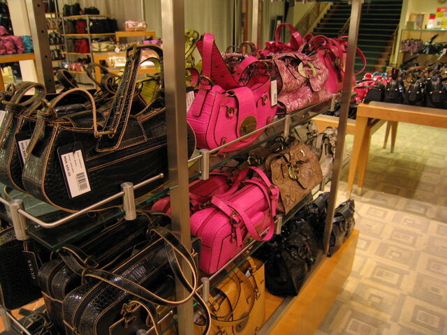 File:Luggage - Purse Shopping at Bon Macys1.jpg