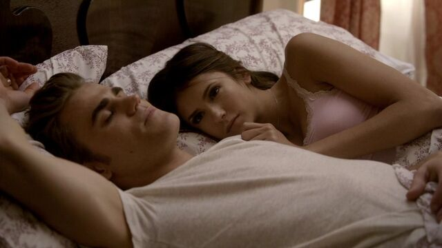 File:The Vampire Diaries S02E06 0077.jpg