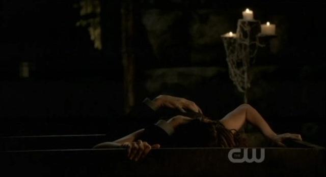 File:The Vampire Diaries Mikael-eats-Katherine.jpg