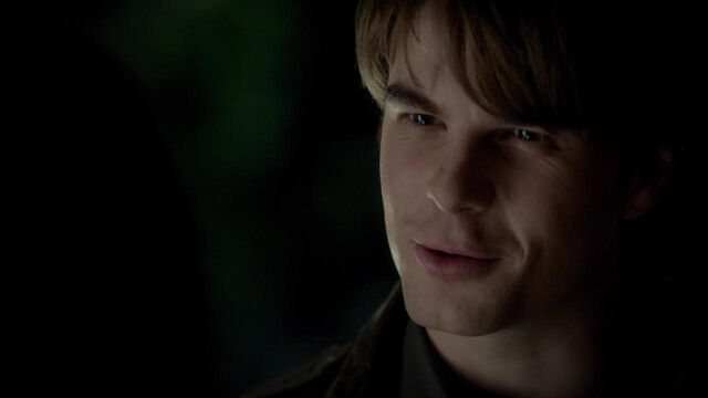 File:022-tvd-4x12-a-view-to-a-kill-theoriginalfamilycom.jpg