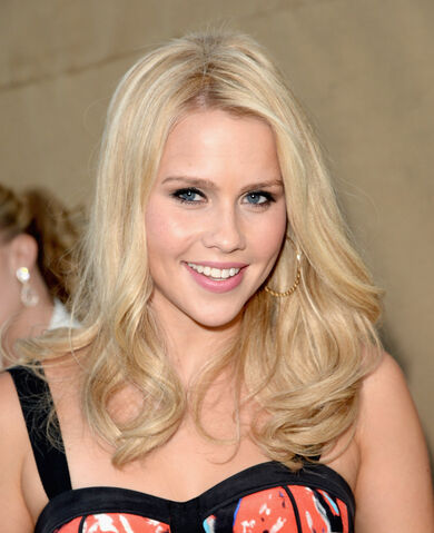 File:Claire-Holt-Wearing-Rebecca-Minkoff-CW-CBS-And-Showtime-2013-Summer-TCA-Party-beauty-hair-and-makeup.jpg