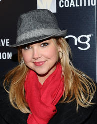 File:Th 88009 Arielle Kebbel Teachers Making a Difference 001 122 498lo.jpg