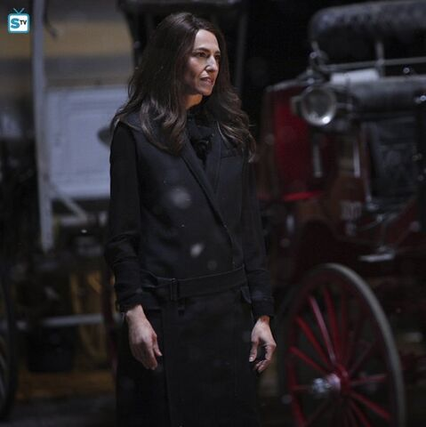 File:The Originals - Episode 2 22 - Ashes to Ashes - Promotional Photo(h).jpg