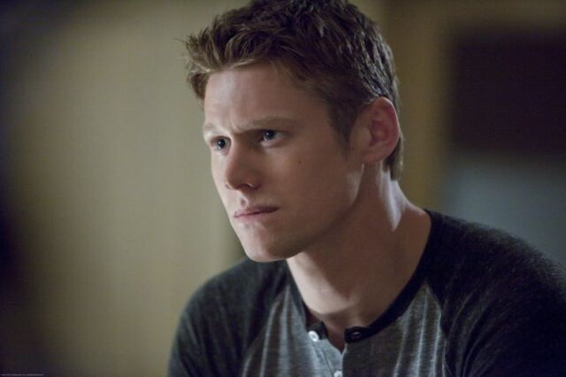 File:Vampire-diaries-season-3-the-departed-promo-pics-15.jpeg