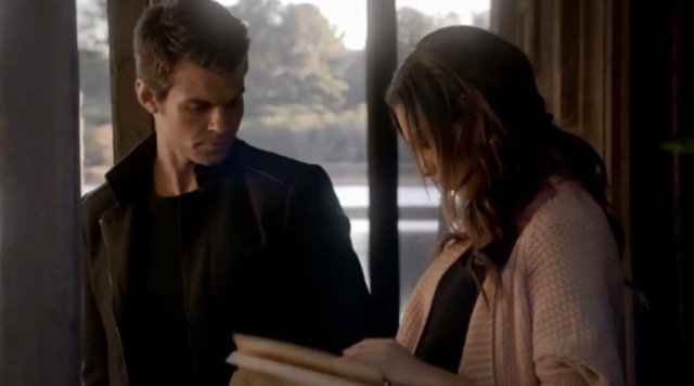 File:Elijah and Hayley in 1x7--.png
