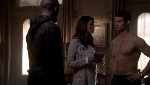 File:Marcel and Haylijah 1x14.jpg