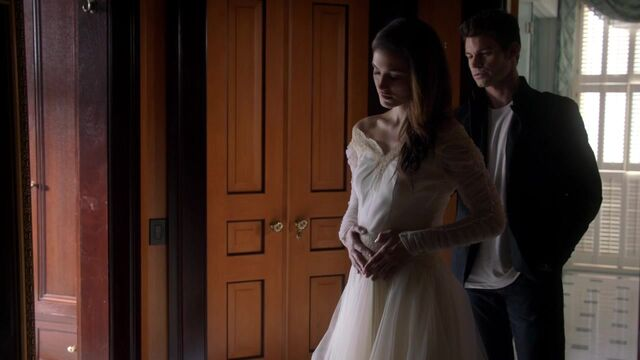 File:The Originals S01E10 720p KISSTHEMGOODBYE NET 0177.jpg