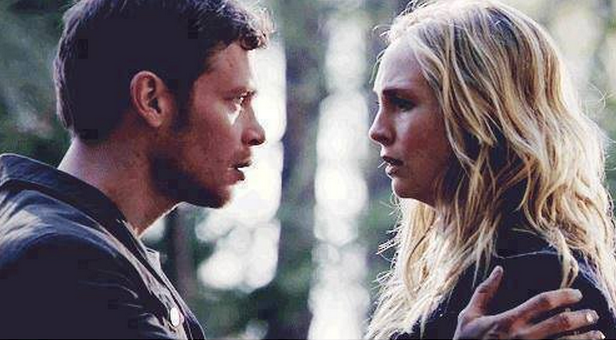File:Klaus and Care 4x17.png
