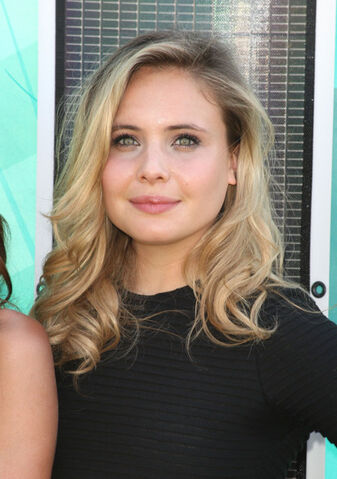 File:The Originals - Leah Pipes(a).jpg