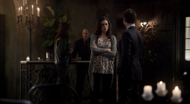 File:Hayley and Elijah in 1x12.png