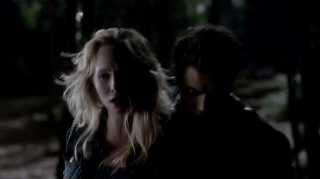 File:Stefan protects Caroline 4x16.png