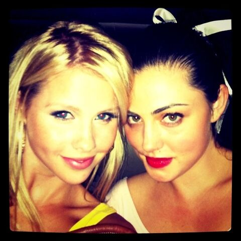 File:Claire holt and phoebe tonkin.jpg