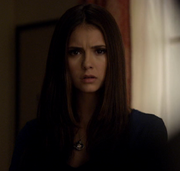 Elena has a conversation with Elijah in S2