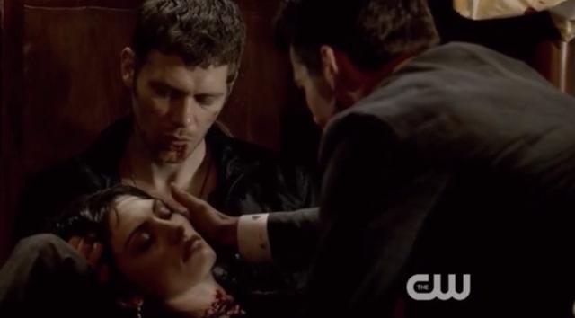 File:Klaus-Hayley and Elijah 1x22...png