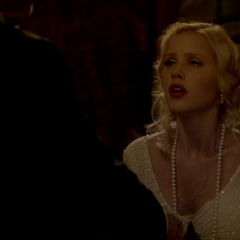 Klaus daggers Rebekah