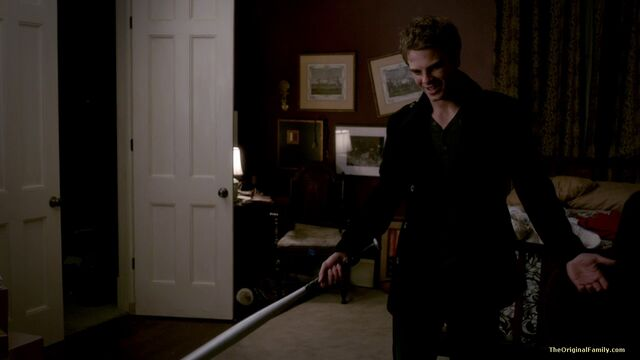 File:094-tvd-3x19-heart-of-darkness-theoriginalfamilycom.jpg