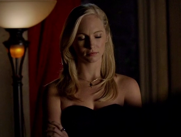 File:Caroline in 5x13.png