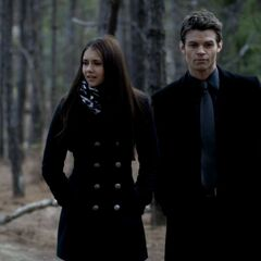 Elena/Elijah, couple.